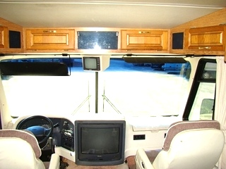 USED RV SURPLUS SALVAGE PARTS FOR SALE 2000 HOLIDAY RAMBLER VACATIONER PARTS