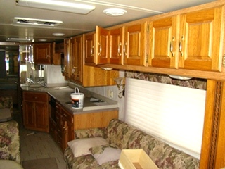 2000 HOLIDAY RAMBLER ENDEAVOR RV SALVAGE PARTS FOR SALE